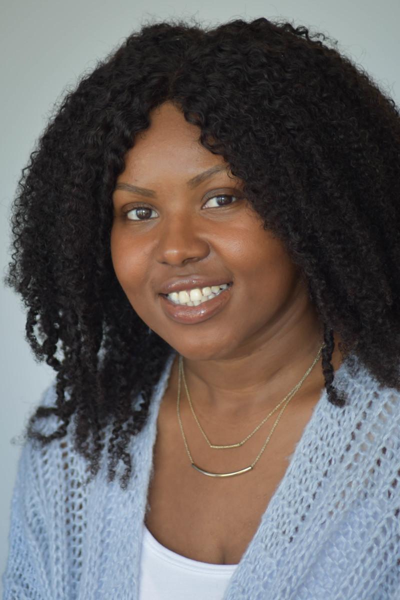 Ashley Davis : Office Coordinator