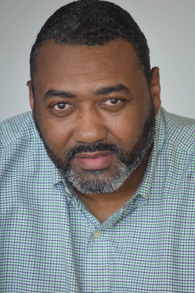 Dewayne Davis : Open Door Manager